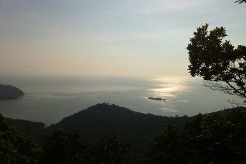 Gunung Arong hiking